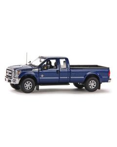 Ford F250 XLT Pickup Super Cab & 8' Bed in Dark Blue