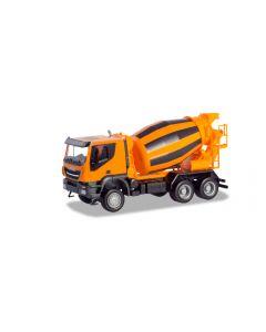 Iveco Trakker 6x6 Betonmischer-LKW, orange