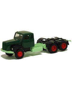 Scania 111 Zugmaschine, grün