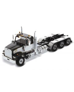 Western Star 4900 SF Day Cab Tridem Tractor in Black