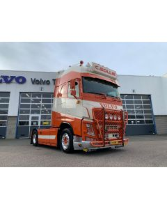 "Volvo FH4 Gl. XL ""C. Sollie"""