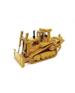 CAT D9L Track-Type Tractor with Push Blade/Ripper