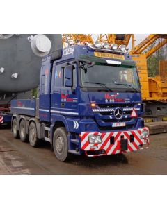 "MB Actros MP3 L Ballast Box + Hitch ""MaxTrans"""